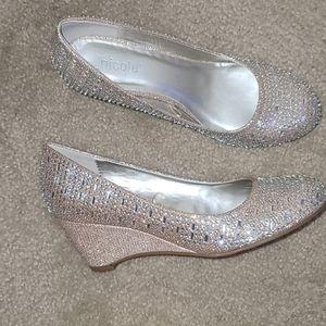Nicole wedge shoes